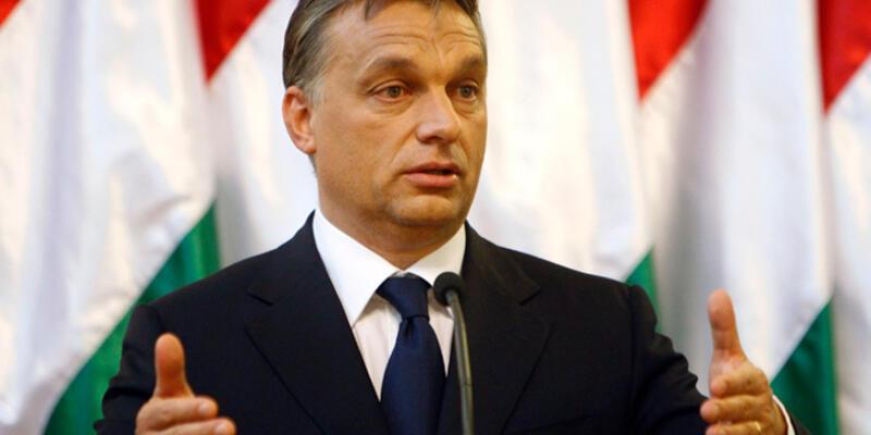 Macar hükümeti mülteci kararını referanduma taşıyor