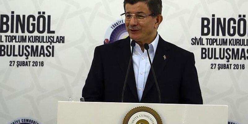 """Başbakan Davutoğlu: """"Bir milletvekili arabasıyla silah taşıdı"""""""