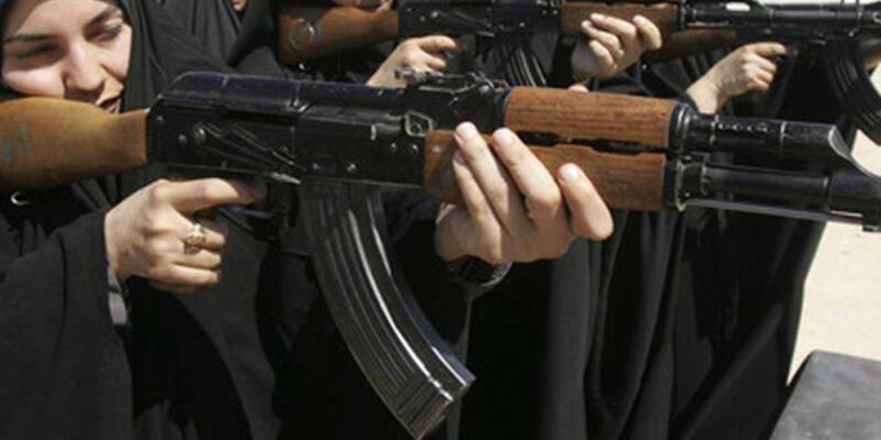 """IŞİD, Libya'ya """"kadın savaşçılar"""" gönderiyor"""