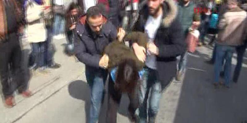 Kadıköy'de kadınlara müdahale