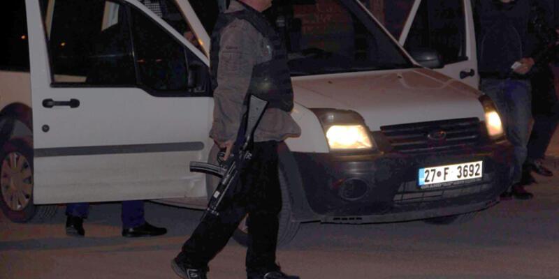Gaziantep'te polis müdürünün otomobiline ateş açıldı