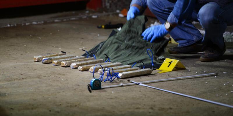 2 IŞİD'linin üzerinden 10 TNT kalıplı bomba düzeneği çıktı