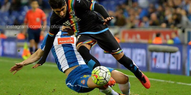 Aras Özbiliz La Liga'da ilk maçında asist yaptı