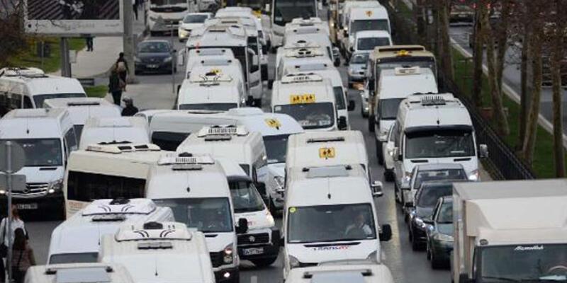 İstanbul Maslak'ta bitmeyen trafik çilesi