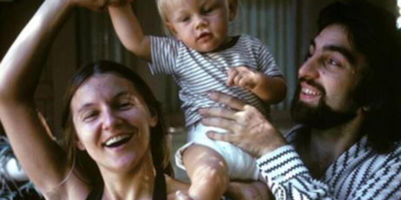 Leonardo DiCaprio'nun annesinin tüyleri tartışma yarattı!