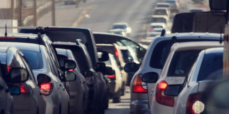 Trafiğe kayıtlı araç sayısı 20 milyonu aşarak rekor kırdı