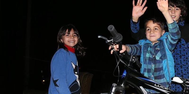Seyyar satıcının dövdüğü Suriyeli çocuk bulundu