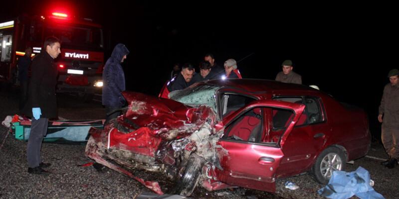 Trafik kazalarında 5 kişi öldü, 9 kişi yaralandı