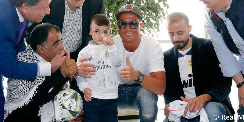 Ailesini kaybeden Filistinli Ahmed'in Real Madrid rüyası gerçek oldu