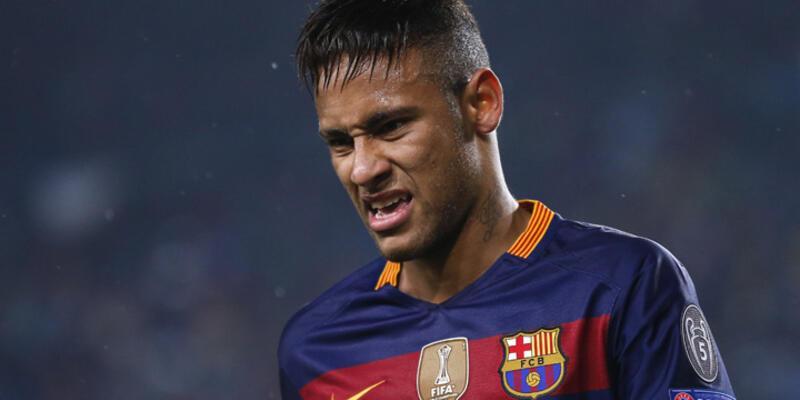 Neymar'a Brezilya'dan şok ceza
