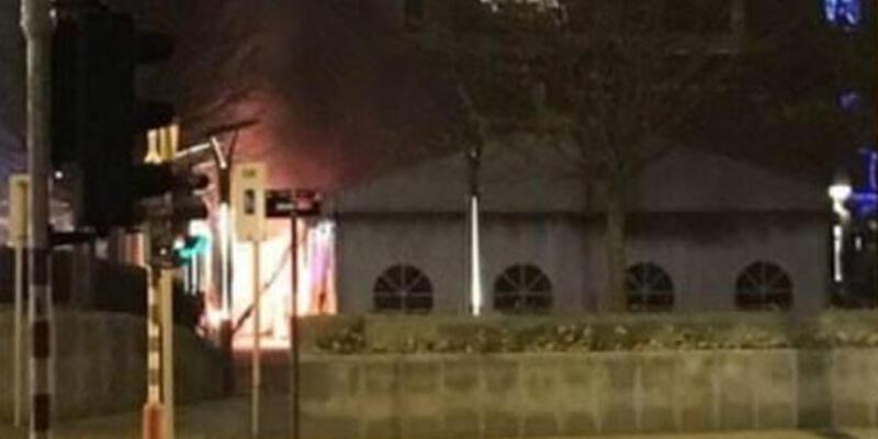 Brüksel'de açılan PKK çadırı yandı
