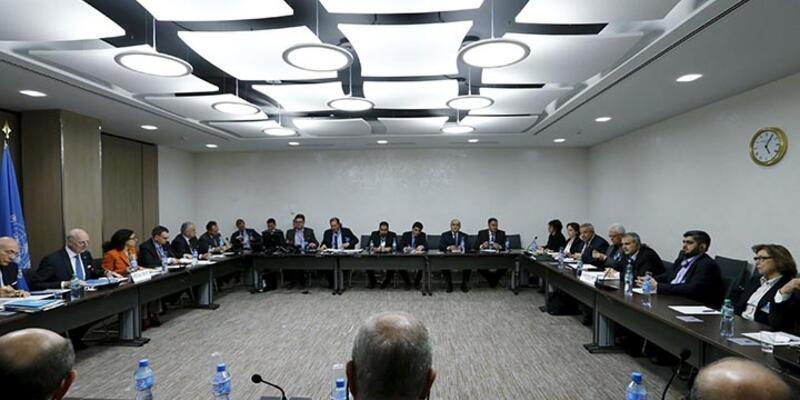 Suriyeli tarafların Cenevre'de görüşmeleri sürüyor