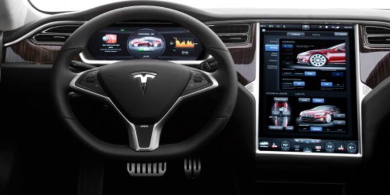 Tesla yandı