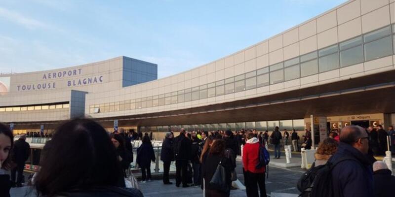 Fransa'da havalimanı uçuşa açıldı