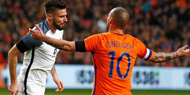 Sneijder İngiltere maçında oynayamayacak