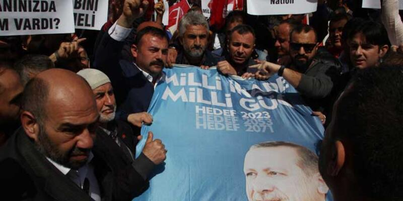 ZDF önünde Cumhurbaşkanı Erdoğan protestosu
