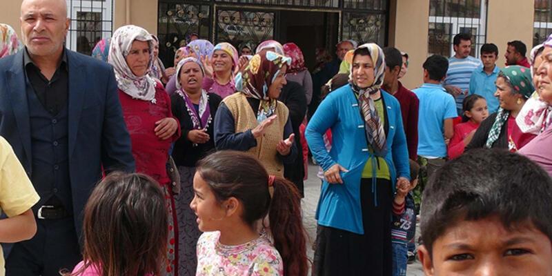 Öğrenci velilerinden 'Suriyeli çocuk' eylemi