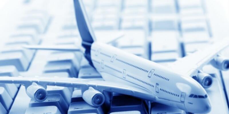 İnternetten uçak bileti alanların % 64'ü erkek