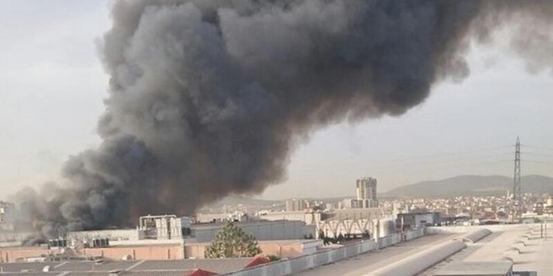 Ümraniye'de fabrika yangını