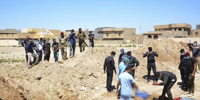 Irak'ta IŞİD'in toplu mezarları bulundu