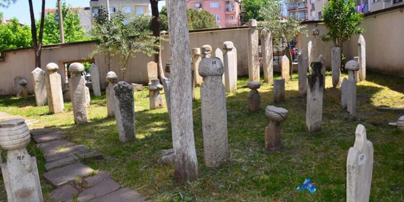 Osmanlı Mezarlığı'nda definecilere karşı alarmlı, kameralı önlem