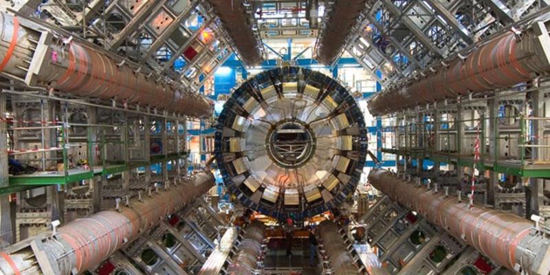 Büyük Hadron Çarpıştırıcısı'nın ilginç bir özelliği ortaya çıktı