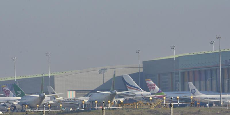 İstanbul'daki sis nedeniyle uçaklar Bursa'ya indi