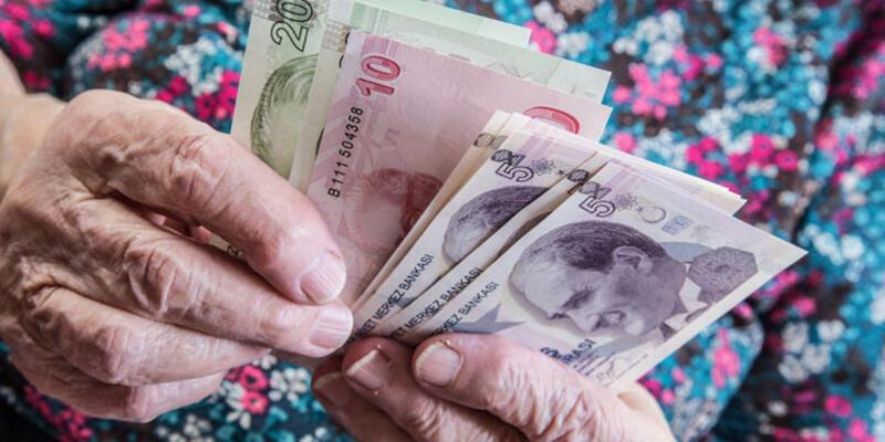 Erdoğan 65 yaş üstüne maaşı onayladı