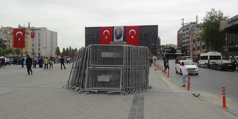 Taksim'de 1 Mayıs hazırlığı başladı