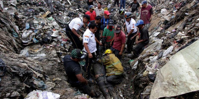 Guatemala'da çöp yığını göçtü: 3 ölü