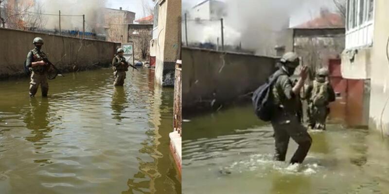 Yüksekova'da diz boyu suda arama yapıyorlar