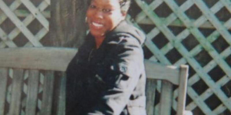 2 yaşındaki çocuk annesini öldürdü