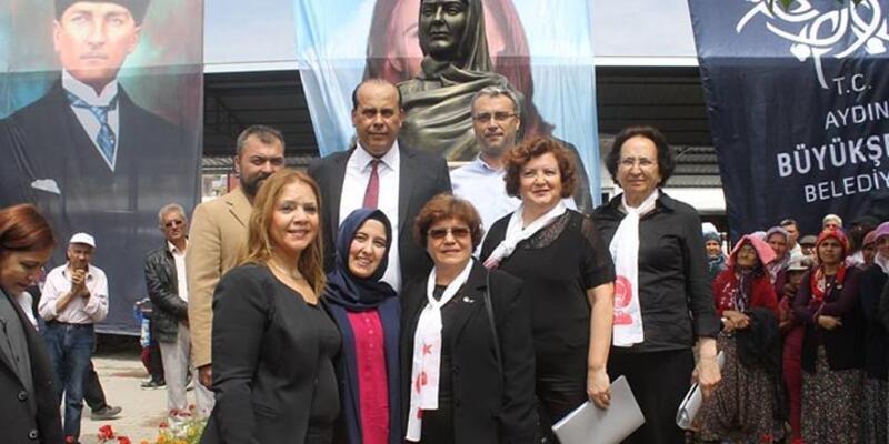 Aydın'da ilk kadın muhtarın büstü açıldı