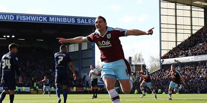 Burnley Premier Lig'e yükseldi