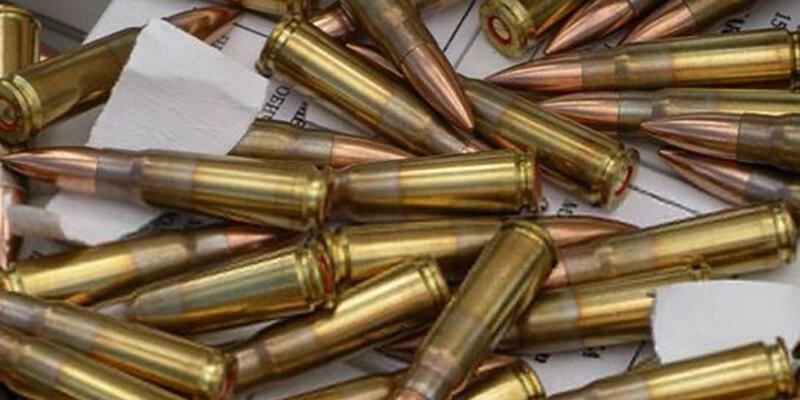 Otomobilden 4 bin tüfek mermisi çıktı