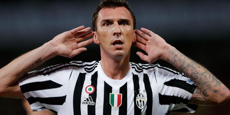Mario Mandzukic'in sözleşmesi uzatıldı