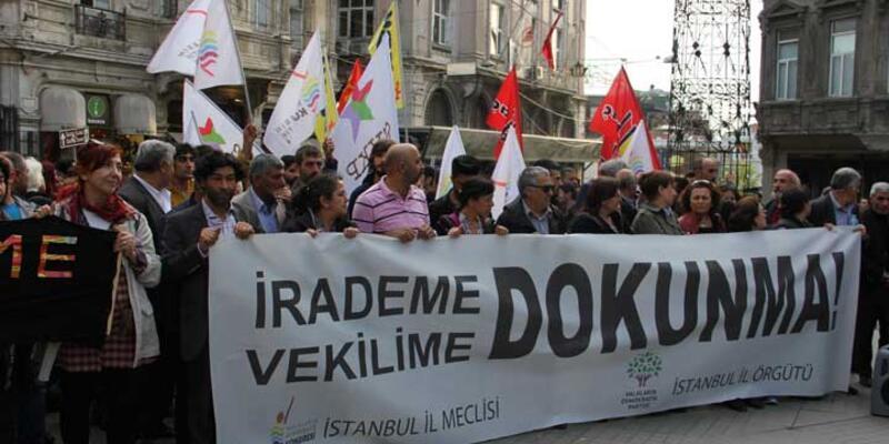 """HDP'nin """"Vekilime Dokunma"""" eylemine polis müdahalesi"""