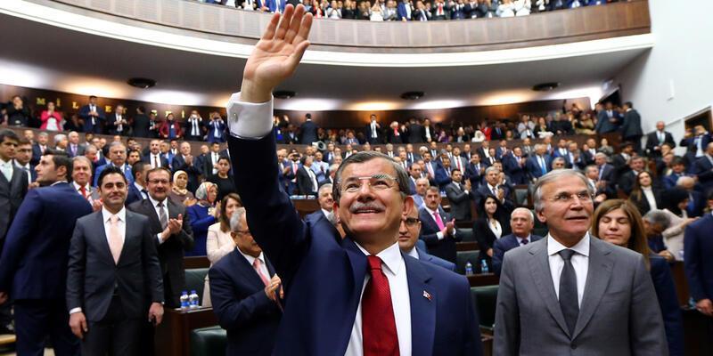 AK Parti MYK kimlerden oluşuyor?