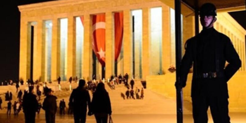 Atatürk'ün naaşı başında nöbet tutan asker 100 yaşında vefat etti
