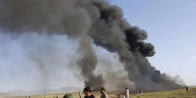 Afganistan'da trafik kazasında 52 kişi hayatını kaybetti