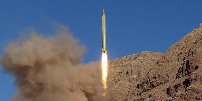 İran'ın yeni füzesi hedefi 8 metre sapmayla vurabiliyor