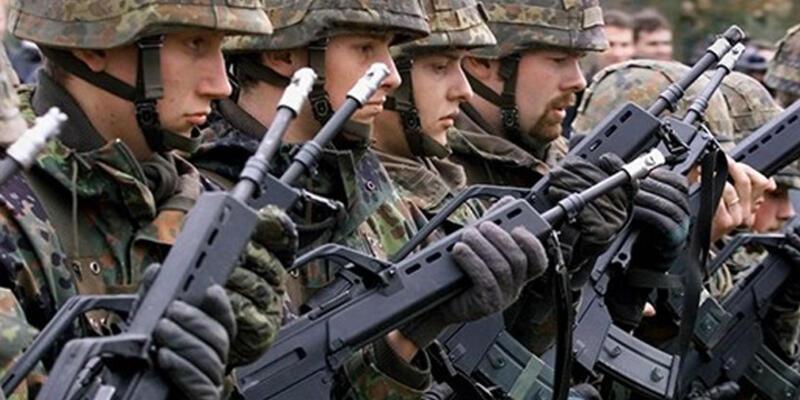 Almanya asker sayısını artırıyor