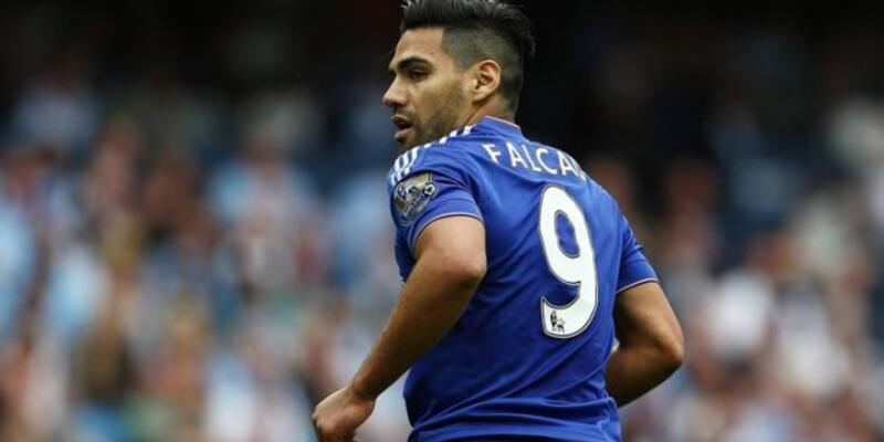 Gomez giderse yerine Falcao