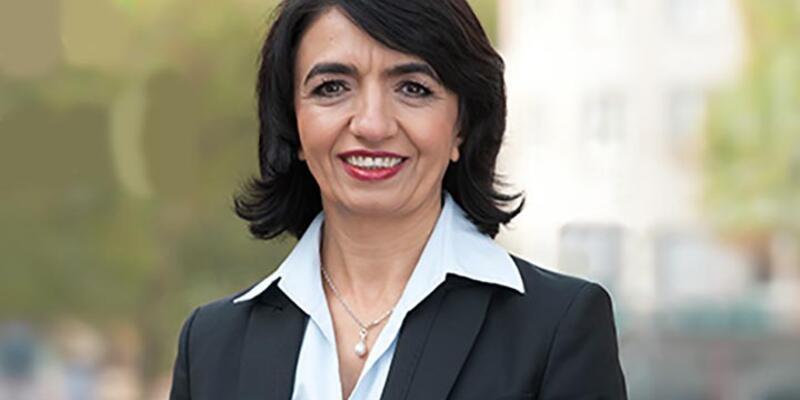Almanya'nın ilk göçmen parlamento başkanı