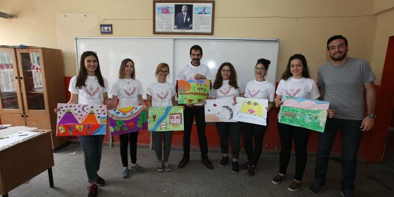 'Yarına umut ol'mak için Samsun'da çocuk sanat festivali