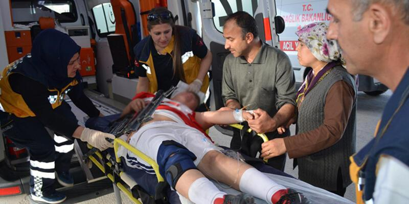 13 yaşındaki çocuk kolundaki demirle hastaneye kaldırıldı