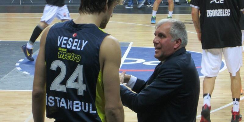 Obradovic, Vesely'yi kaptırmamak için harekete geçti