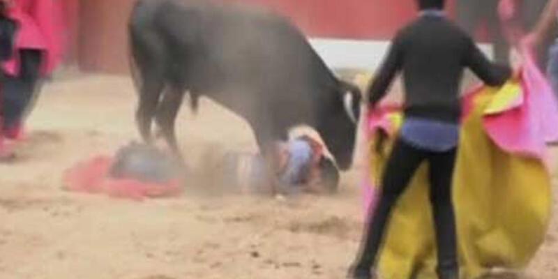 Peru'da boğa festivalinde yine kan aktı