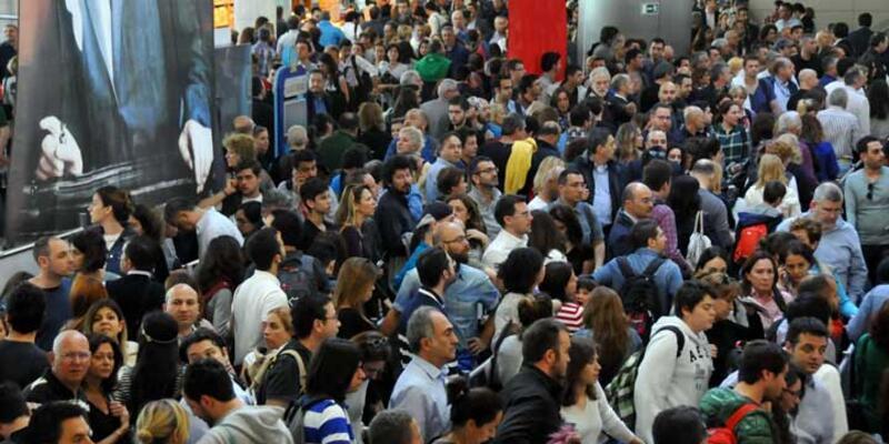Atatürk Havalimanı pasaport sistemi normale döndü
