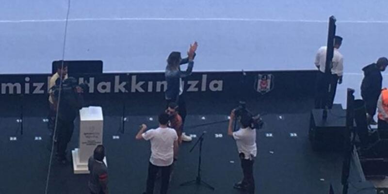 Vodafone Arena'da sürpriz bir isim